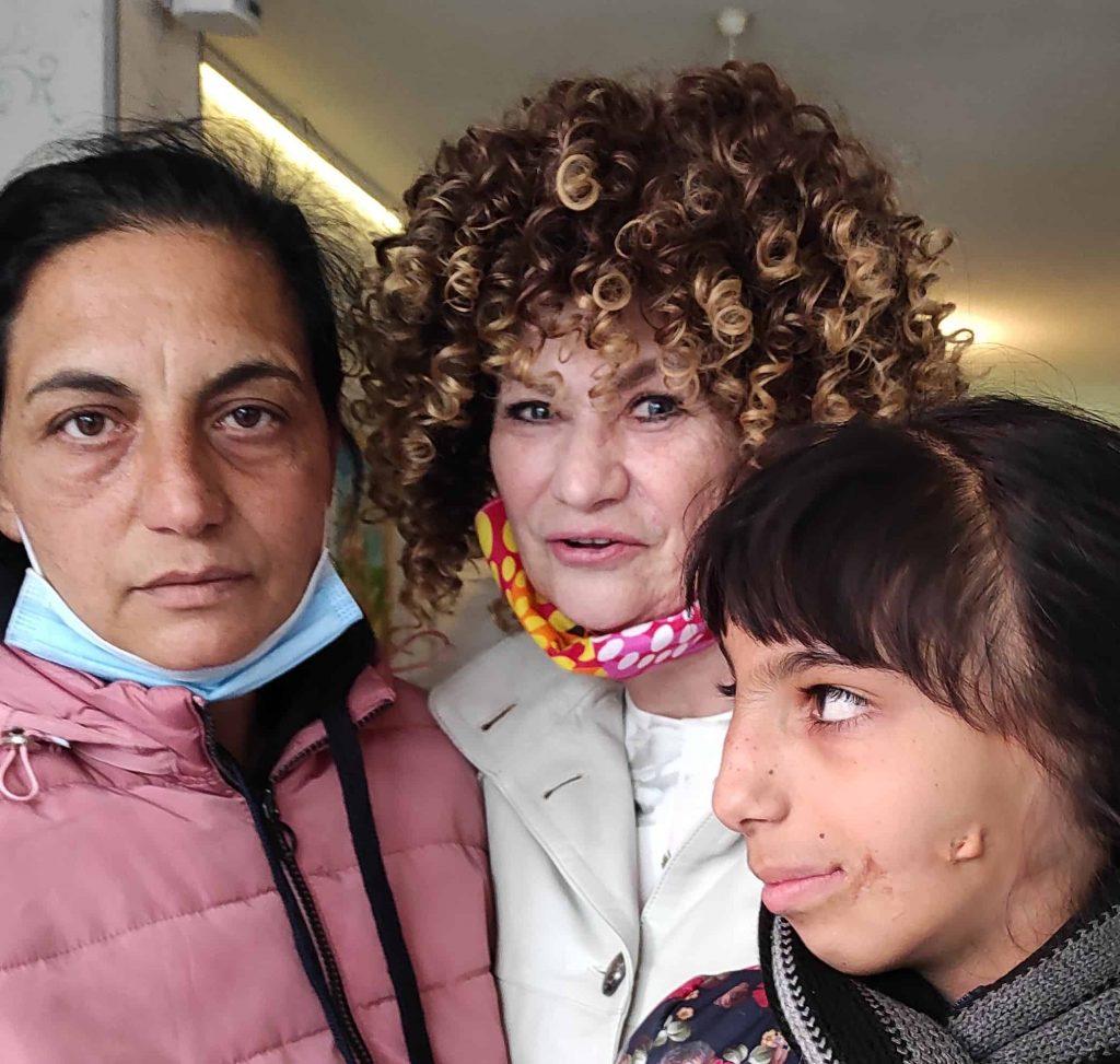 Евелина Соня и Зоя